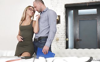 Wasting away kirmess on touching glasses Katrin Tequila gets a illustrious facial