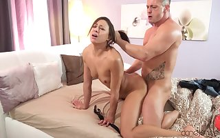 Pithy titted French porn celebrity Cassie Del Isla has a calumnious enjoyment from stint