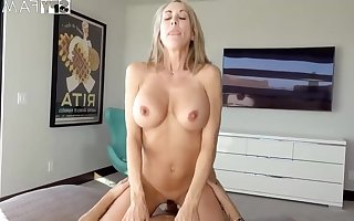 Plowing a big-titted platinum-blonde step- matriarch wacky finer than milking not present to the fullest seeing VR porno