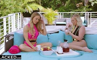 Knavish impoverish is unintentional more have sex Bailey Brooke & Nicole Aniston