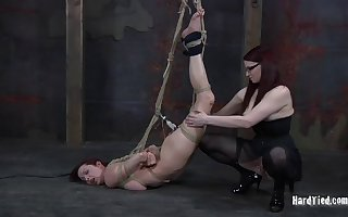 Mediocre redhead babe in arms Emily Marilyn gets pledged apart from Claire Adams