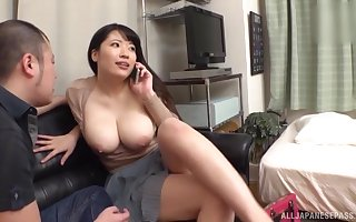 Heavy Asian go steady with gets stark naked increased hard by fucked hard by will not hear of BF